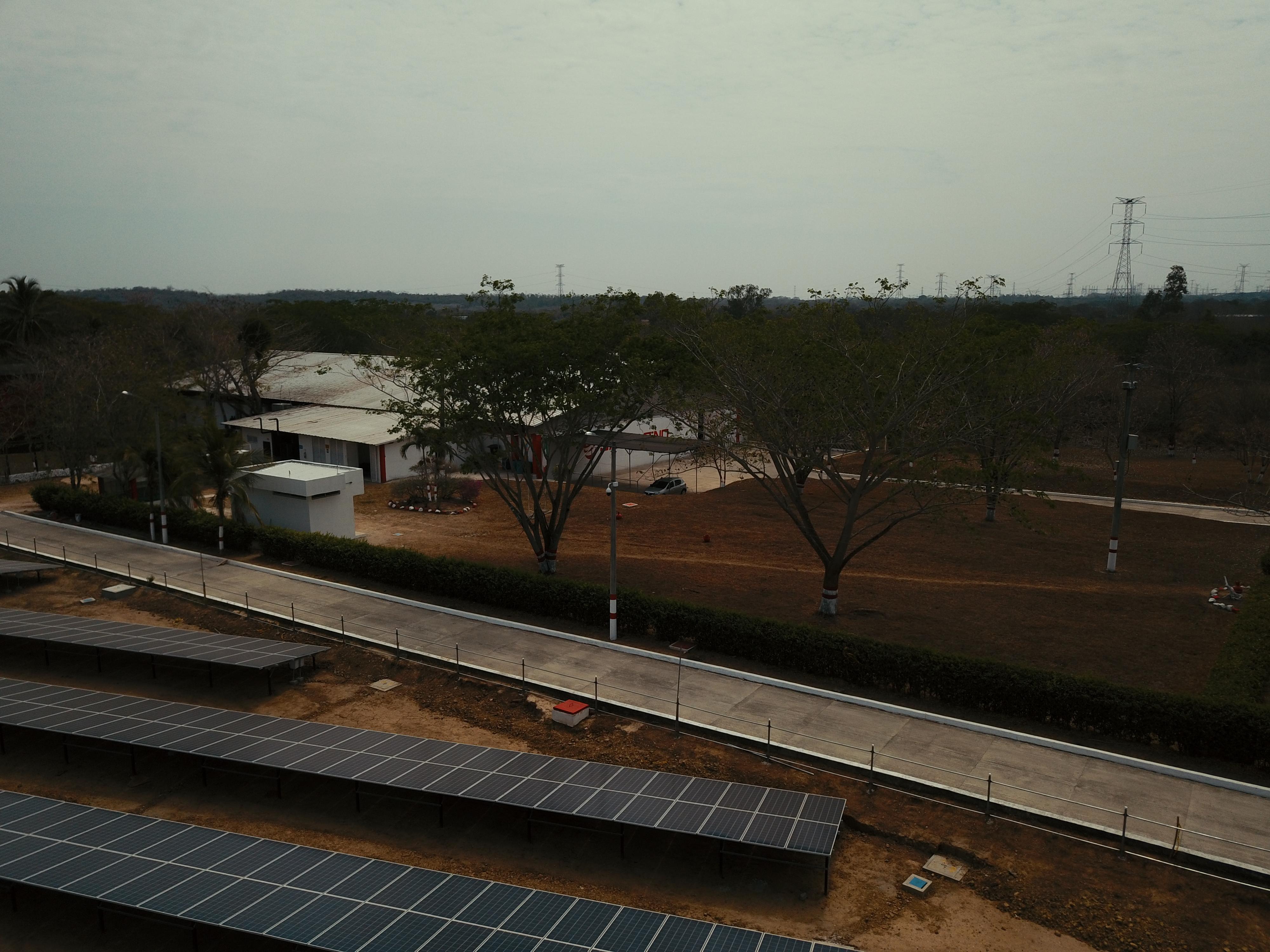 Italener - Cleaning Energies For A Sustainable Future / Italener - Energías limpiadoras Para Un futuro Sostenible
