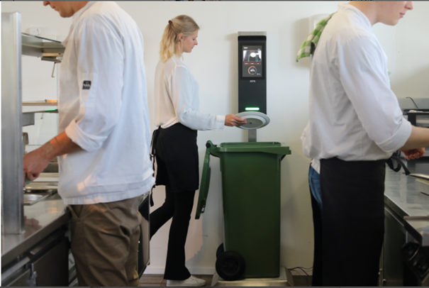 Tackling Food Waste Through AI-Technology