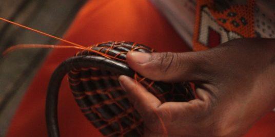 We Believe in Craftsmanship, We Create with You / Creemos en lo artesanal, Creamos contigo