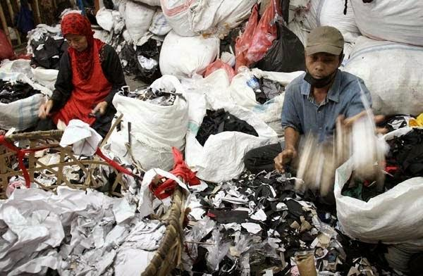 Creating Soundproof From Waste